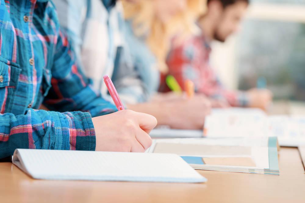 Se esperan miles de plazas en educación para  los próximos años